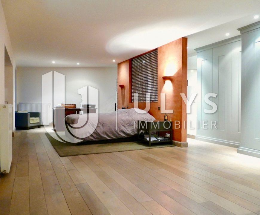 Marcadet-Poissonnière – Triplex 153 m² d'Architecte, jardinet