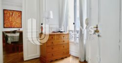 Friedland – Appartement 6 Pièces, 142 m² Haussmannien