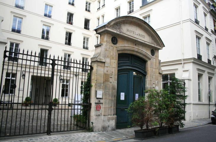 Musée Picasso – Studio sur cour 27 m², beau volume