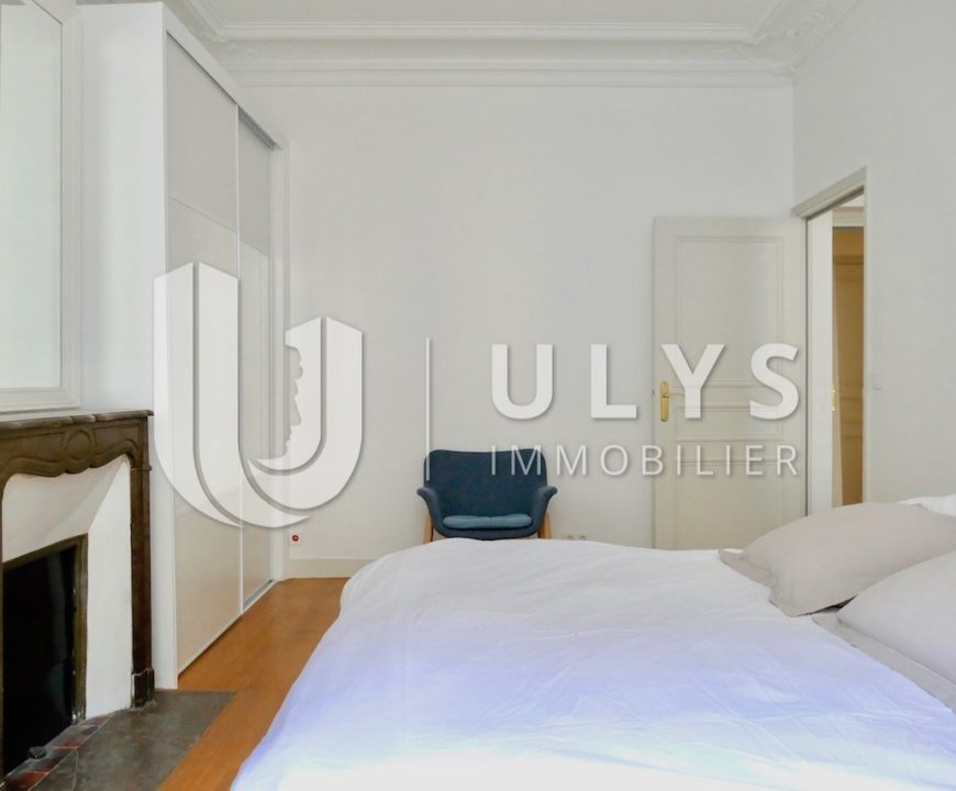 Rue Littré – Appartement Meublé 3 Pièces, Rénové
