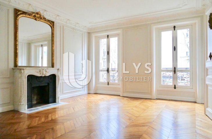 Monceau / Courcelles – 5 Pièces, 3 Chambres de 123 m²